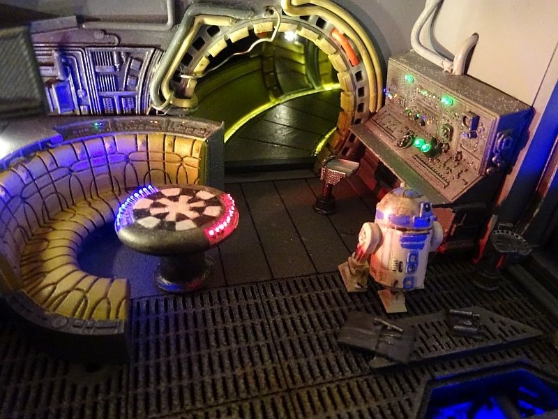 Star Wars Millenium Falcon Deagostini Frachtraum