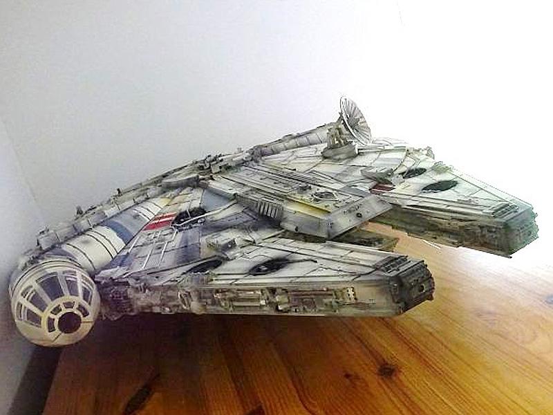 Star Wars Bau den Millenium Falcon